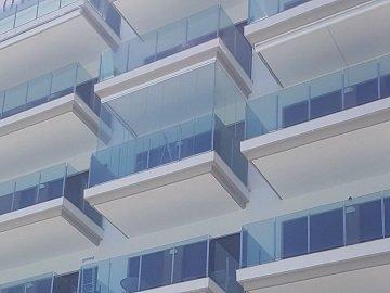Cerramientos de Balcones con Cristal