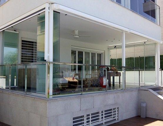 Cortinas de cristal cerramientos de cristal sin perfiles for Cortinas de cristal para terrazas