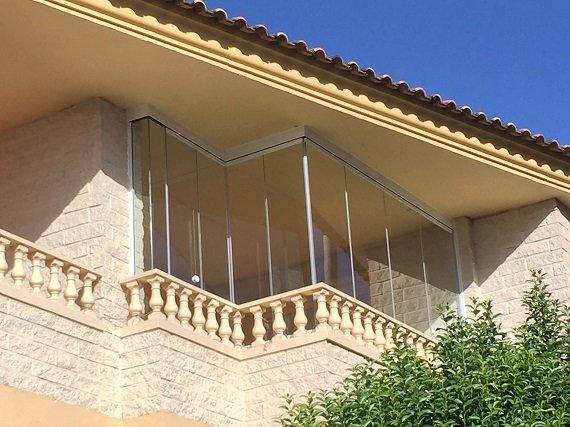 cortinas-de-cristal-balcon-madrid-1
