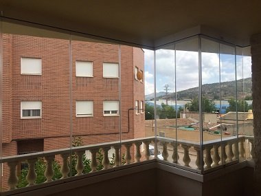 cortinas-de-cristal-balcon-madrid-3