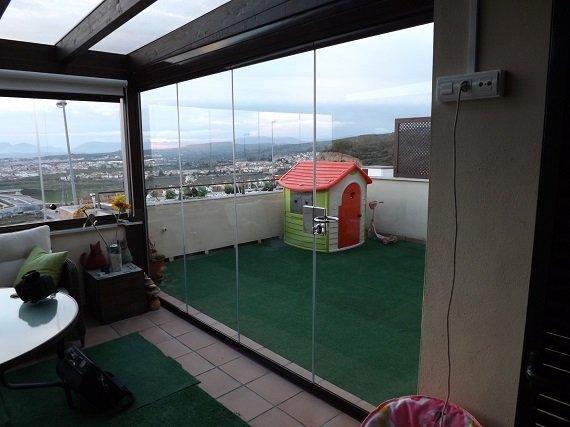 terraza-atcio-granada-cortina-cristal-techo-fijo-2
