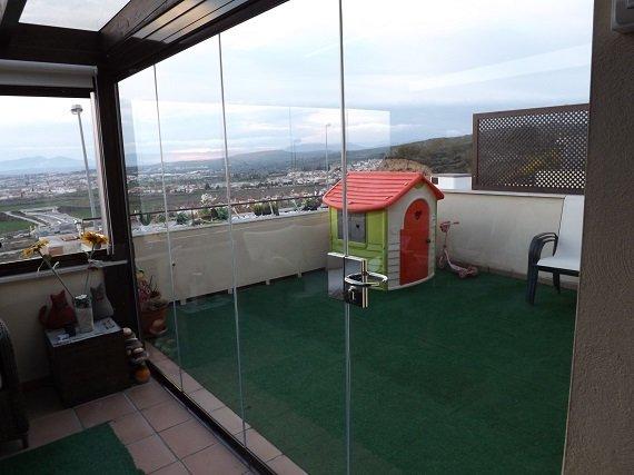 terraza-atcio-granada-cortina-cristal-techo-fijo-4