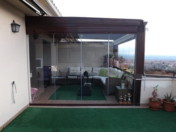 terraza-atcio-granada-cortina-cristal-techo-fijo-5