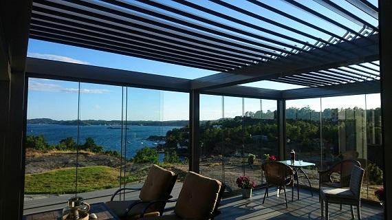 terraza-oliva-valencia-pergola-bioclimatica-retractil-corredera-sin-perfiles-8