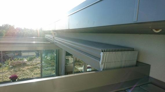 terraza-oliva-valencia-pergola-bioclimatica-retractil-corredera-sin-perfiles-9